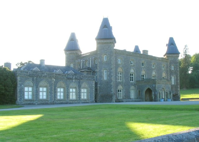 Newton_House_in_Dinefwr_Park_near_Llandeilo_-_geograph.org.uk_-_21099
