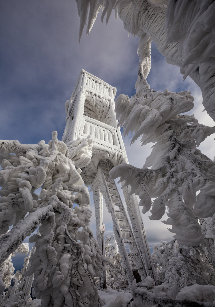 ice-spikes-slovenia-3